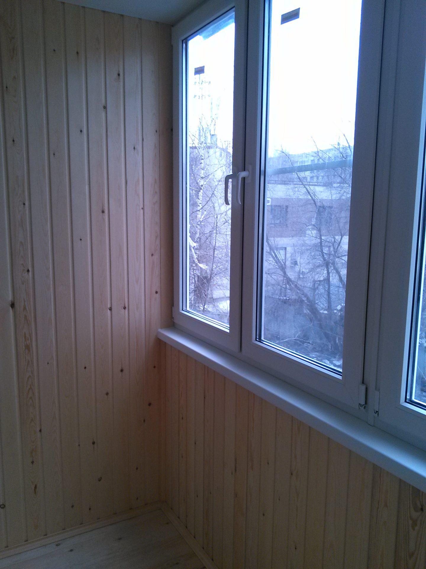 остекление балкона и обшивка - пример работ