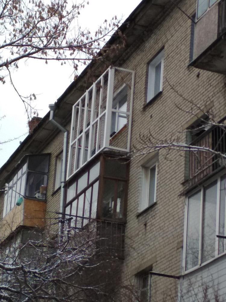 Остекление балкона - процесс работы