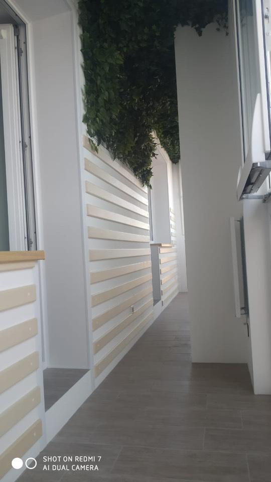 внутренняя отделка балкона с остеклением